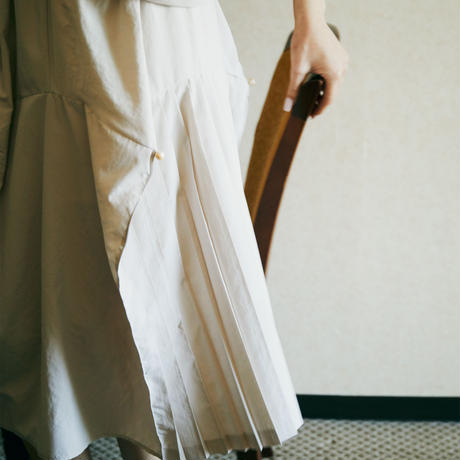【 HOUGA 】taffeta bouquet pleated skirt