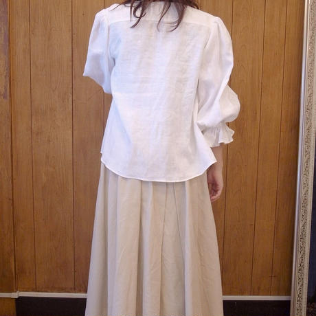 【 RUIMEME 】Gathered Sleeve Linen Blouse