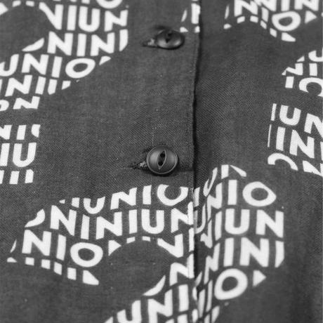 "【 UNIONINI 】""nazo"" wave collar blouse"
