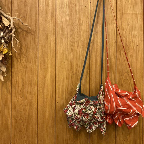 【 HOUGA 】talking flower pochette