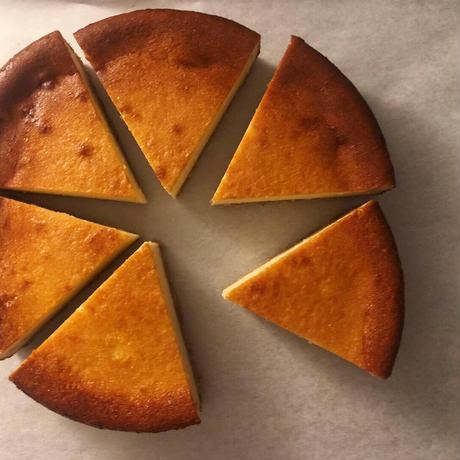 kinarite  なめらかチーズケーキ/ カヌレ4個 セット