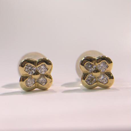ゴールド 四つ葉のクローバー ダイヤモンド ピアス