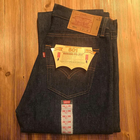 DEADSTOCK   Levi's  501   MADE  IN  USA
