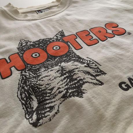 90's HOOTERS Sweatshirt