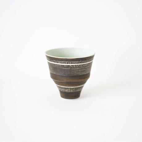小関康子・フリーカップ/線刻格子