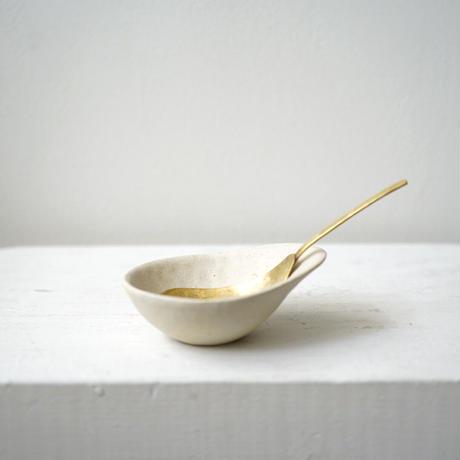 高田かえ・白土豆鉢