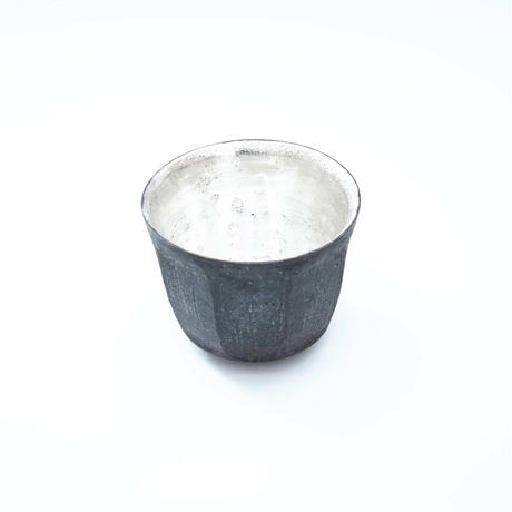 谷井直人・銀彩の黒小鉢