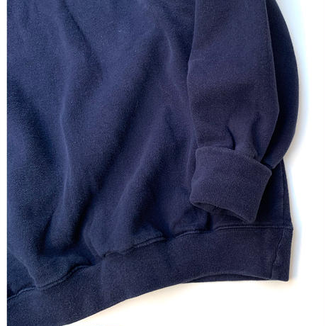 Hand Cuffs Sweater size XL