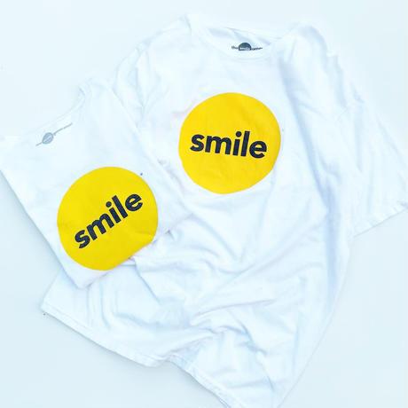 smile t-shirt  size L