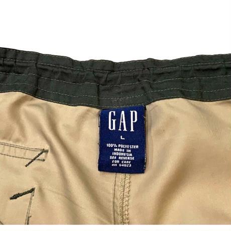 GAP CARGO SHORTS size L