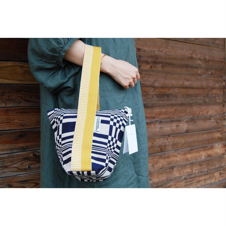 JOHANNA GULLICHSEN Tetra Handbag (テトラハンドバッグ)