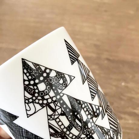 marimekko マグカップ Kuusikossa(クーシコッサ)  col.99 BK×WH