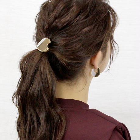 lien round pony / gold color