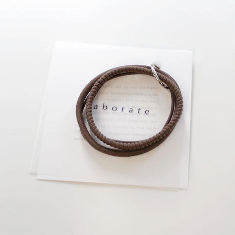 base hair tie  / brown