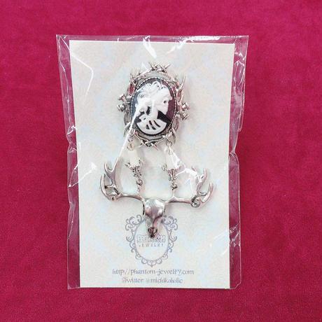 【Phantom Jewelry】骸骨婦人カメオと鹿の屍燭台ブローチ
