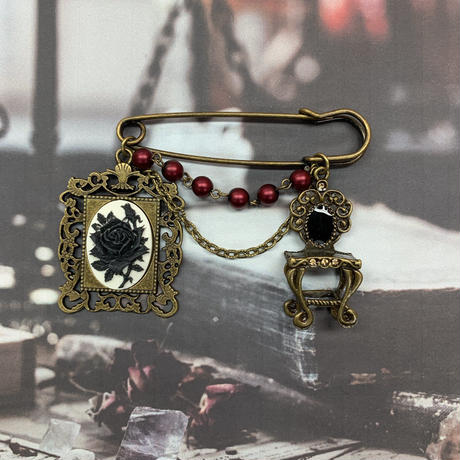 【Phantom Jewelry】カメオと鏡台のストールピン