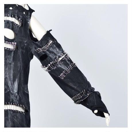 【h.NAOTO】Slash safety pin TOPS/CNF27-T281 BK/M
