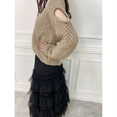 open shoulder cable knit