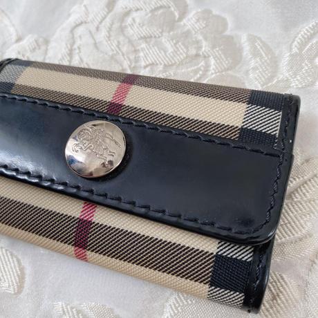 Burberry vintage key case -B015-
