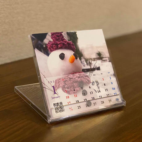 参加作家たちの作品が詰まった「卓上CDサイズカレンダー2021」