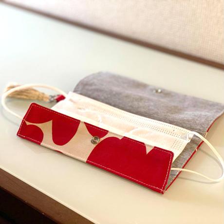 抗ウイルス機能繊維使用 薄型 一時置きマスクケース/スペアマスクケース<花柄>