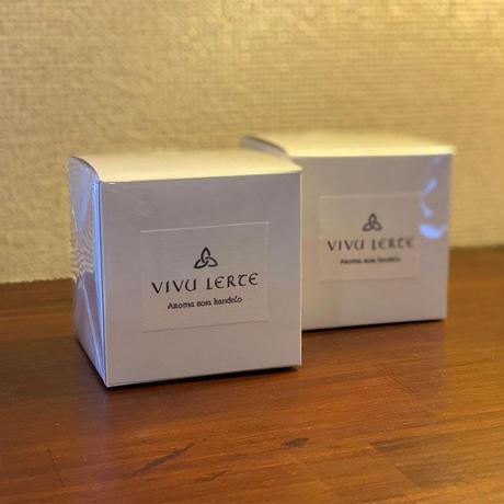 VIVU LERTE アロマソイキャンドル(ユーカリ)