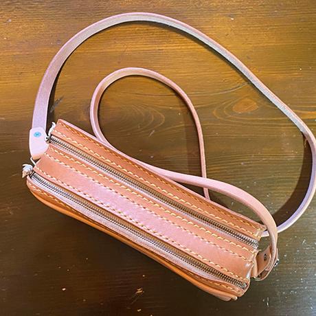 Wファスナー(2層式)レザーショルダーバッグ/手縫い/一点もの