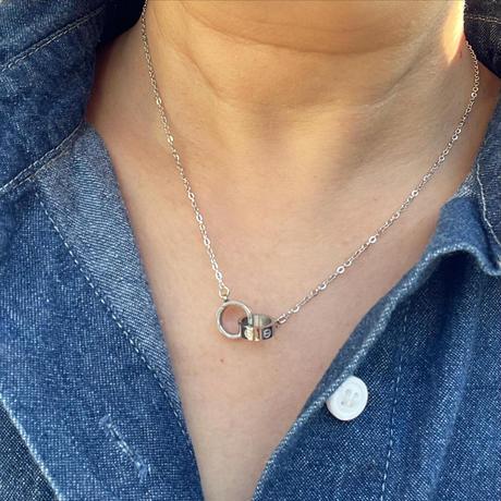 【ステンレス】二つの丸のネックレス
