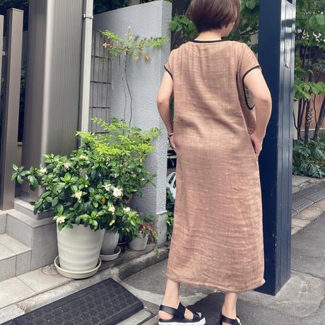 英字ロゴ・ロングワンピース(ワンカラー)
