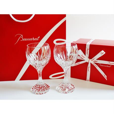 バカラ マッセナ ワイングラスL ペア(バカラブランド紙袋、リボン付き)【御結婚御祝・内祝・新築御祝・還暦御祝・御礼・寿・ギフト包装可能】