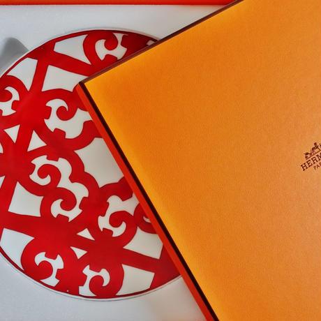 エルメス ガタルキヴィール レッドプレート21cm ペア【御結婚御祝・内祝・新築御祝・還暦御祝・御礼・寿・ギフト包装可能】