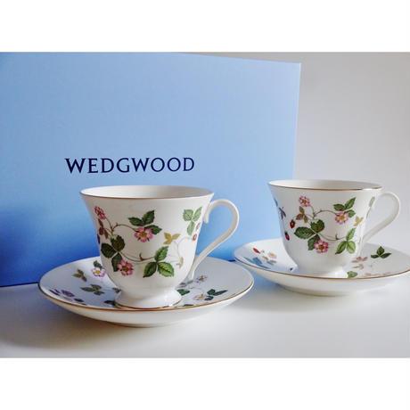 ウエッジウッド ワイルドストロベリー カップ&ソーサー ビクトリア ペア(ブランドボックス付き)