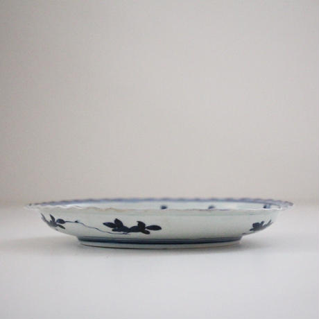 【季節のうつわ】古伊万里染付鷺松竹梅文皿 Imari Blue and White Dish with Design of Herons and Shochikubai 18th C