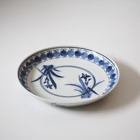 【季節のうつわ】古伊万里染付菖蒲文皿 Imari Blue and White Dish with Irises Design 17th-18th C
