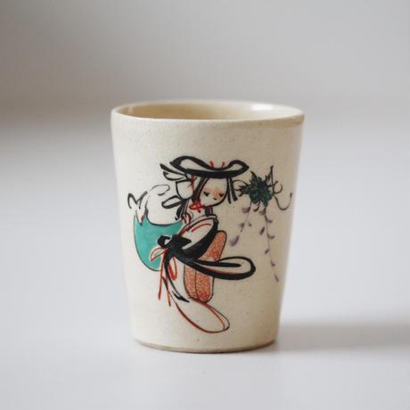 【季節のうつわ】粟田焼大津絵筒猪口「藤娘」(その1)Awata Polychrome Cup with Otsue Design 20th C