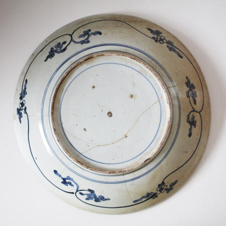 【季節のうつわ】古伊万里染付柳に鳥大皿  Imari Blue and White Large Dish with Design of Bird under Willow 17th C