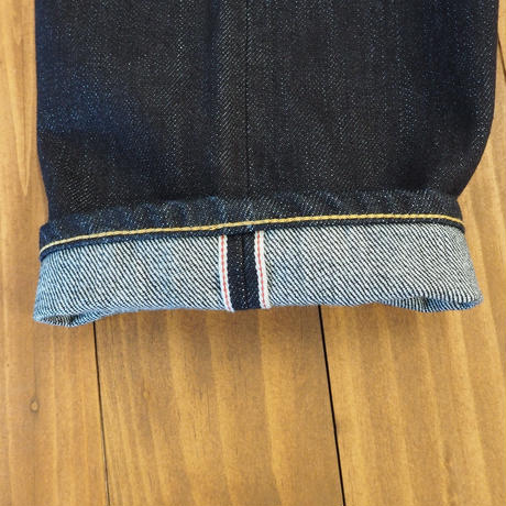 HATSKI / Loose Tapered denim