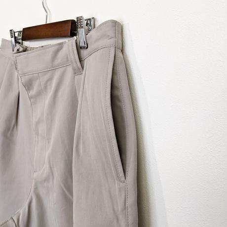 LA MOND / SUPIMA TENCEL Gurkha Shorts ( GRAY BEIGE )