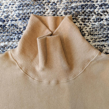 H.UNIT / Mock neck pocket sweat