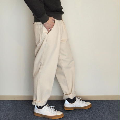 HATSKI / Stitch Loose Tapered Trousers Katuragi
