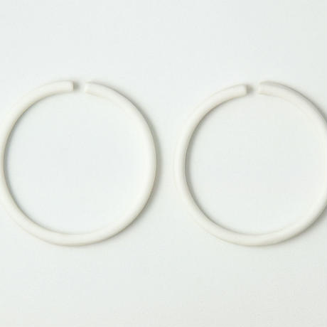 THIS SIDE  Earrings L Platinum