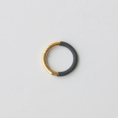 THIS SIDE BLACK  Ring Gold