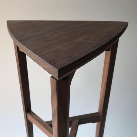 【若い衆シリーズ】「3つ子の部材のコンソールテーブル」限定1個  平塚剛史