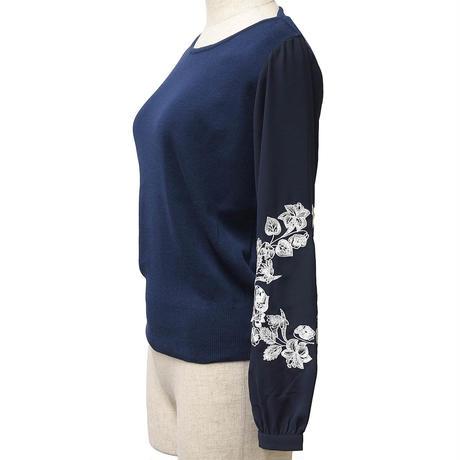 袖刺繍ニットプルオーバー(ネイビー)