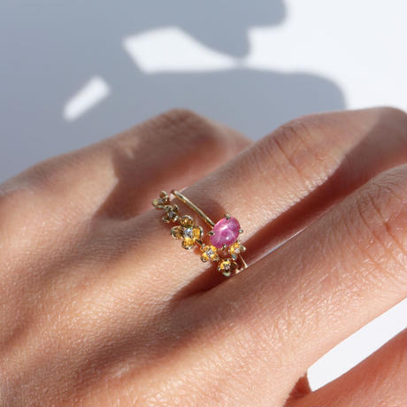 FIVE-FLOWER RING