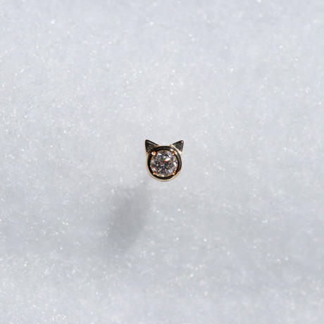 DIA CAT STUD EARRING