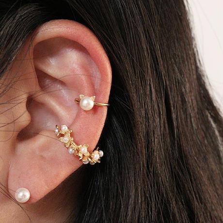 RUBY&EMERALD  FLOWER EAR CUFF