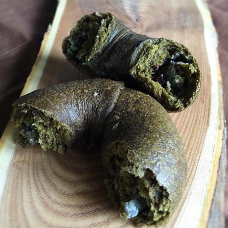 抹茶ホワイトチョコのベーグル