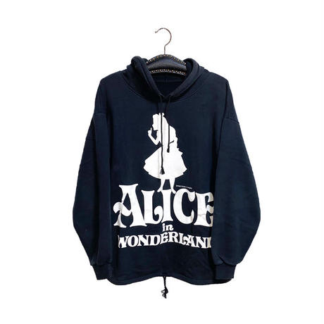 【USED】90'S ALICE IN WONDERLAND HOODIE