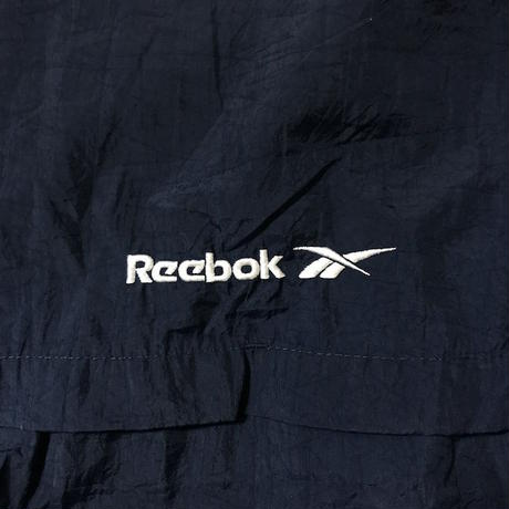 【USED】90'S REEBOK NYLON JACKET EMBROIDERY ON THE SLEEVE